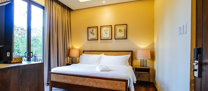 Php 5,160<br> for a Deluxe Room - Balai Adlao